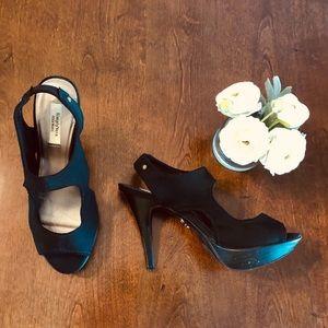 EUC Simply Vera Vera Wang Black Peep Toe Heels